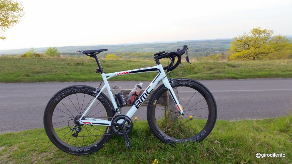 The TeamMachine SLR02 looks even better out in the wild with Reynolds 58 Aero Wheels